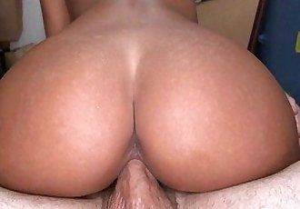 Amateur Gianna Nicole Gets Fat Ass Banged and A Facial 1.5