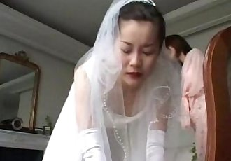 153 Spanking of June Bride - 6 min