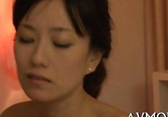 Pretty mom loves her mouth on rod - 5 min