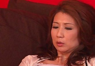 Asian milf has a sex toy session with her pussy - 7 min HD