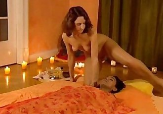 The Tao Of Female Massage - 12 min
