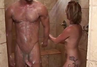 Sexy masseuse babe and client shower and blowjob - 5 min