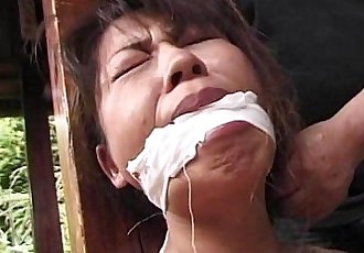 Tied up mature Asian cougar to a house beam - 7 min
