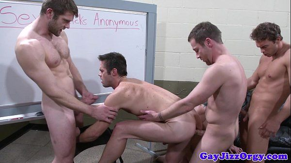 Trevor Knight in orgy with four starsHD