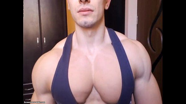 muscle flex hunk gros pec