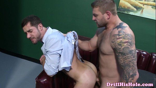 Dean Monroe pounding bottom assHD