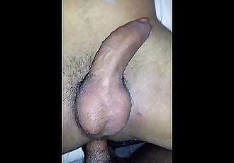 Comendo o cu do meu bb!