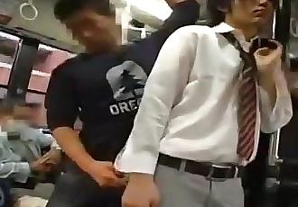 Гей Секс на Автобус в Япония