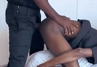 Vídeo: Seguranca fodedor