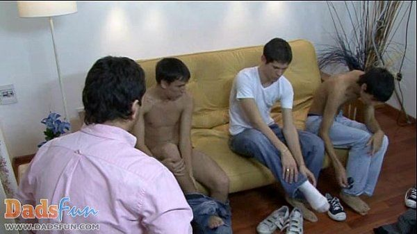 Twink models show their fuck skills to a gay daddy