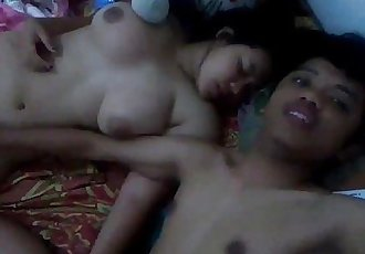 Singaporean Chinese girl pussy fingered by indian guy - 44 sec