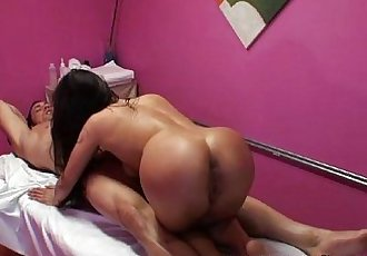She gives a great 69 to her best customer - 5 min