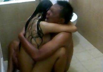 Pretty Indo sex ganas dan liarnya permainan seks istriku.3GP - 5 min