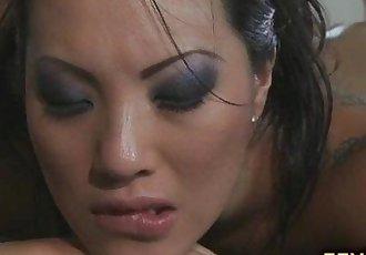 Gorgeous Asian hottie Asa Akira fucked after massage - 5 min