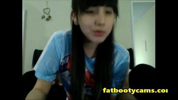 Asian Schoolgirl has never had sex fatbootycams.com XVIDEOS.COM