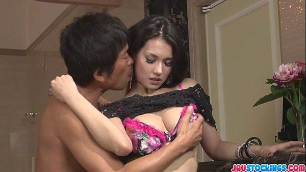 Threesome Ends With A Messy Creampie