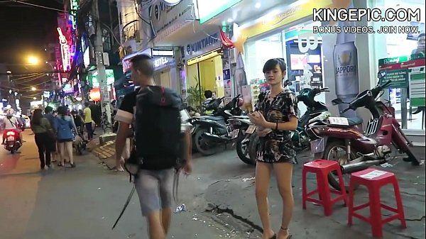North Korean Defector Picking Up Thai Girls! [Hidden Camera] HD