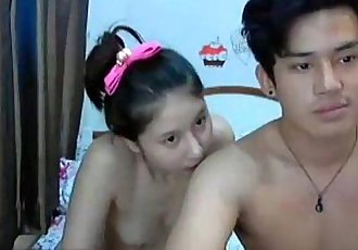 asian couple fucking and sucking - teenxcam.eu - 6 min