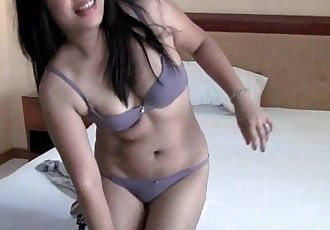 Thick Filipina Amateur Slobbers On A Dick - 5 min HD