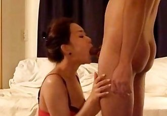 Hot korean model selling sex on cam - more on TheSexyWebcams.com - 20 min