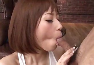 Tiara Ayase feels pleasure over her wet vagina - 12 min