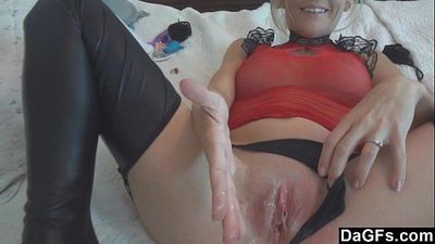 Creampie for hot blonde wife - 5 min HD