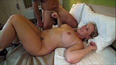 Curvy cuckolding wife MMF Threesome - 9 min