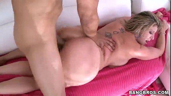 Sara Jay has one sexy big ass