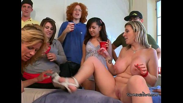 Sara Jay & Friends Fucking Lucky Studs At College Party