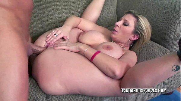 Busty MILF Sara Jay gets her twat filled with cockHD