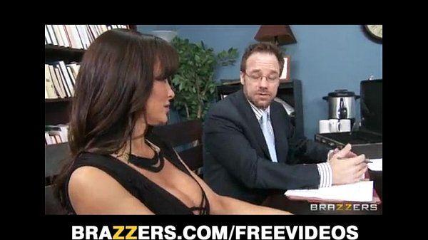Big-tit brunette MILF Lisa Ann decides to settle out of court