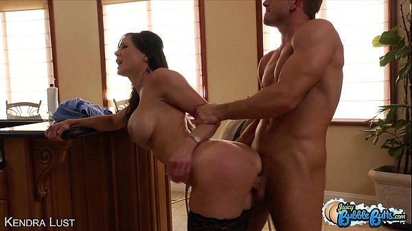 Bubble assed Kendra Lust fuck a big cockHD