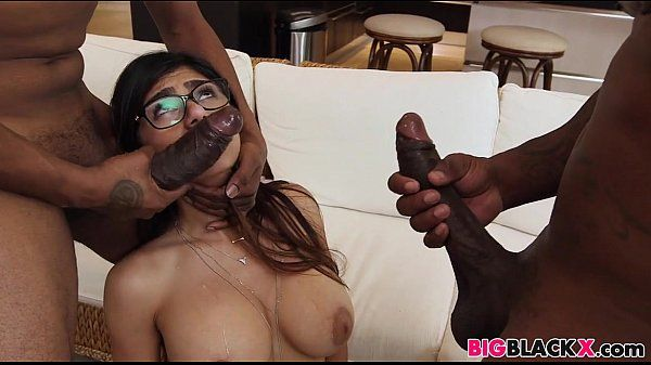 First big black dick threesome for Mia Khalifa