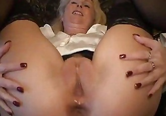 German mature likes to get pounded in the ass - 8 min