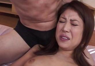 Japanese milf gets her ass fingered before sucking dick - 6 min