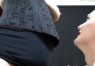 LACEYSTARRKinky GILF bondage in lesbian threesome 11 min 1080p