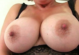 UK milf Danielle works her fuckable pussy with a massagerHD