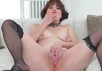 Euro milf Alice Sharp finger fucks her matured cunt