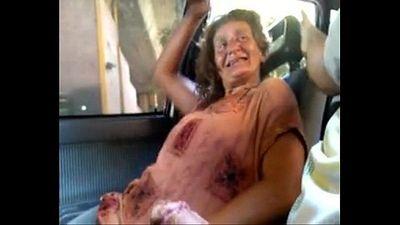 Vieja Argentina Prostituta Callejera de Constitucion Chupando la Pija en el Auto - 1 min 42 sec