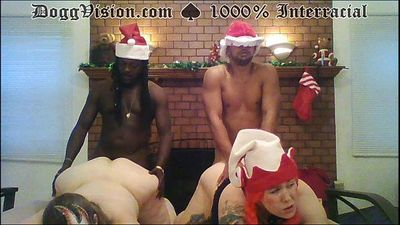 Mom and not Daughter Fuck Black Elves - 2 min HD