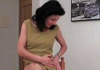 Best of Euro milfs part 3HD