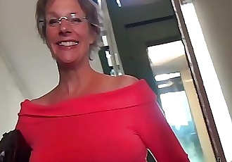 Rough Anal-sex and Squirting for this cougar mom 14 min HD+
