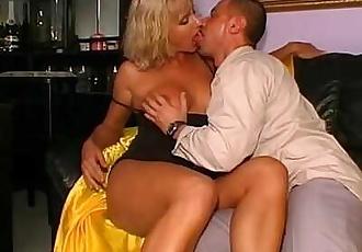 Amazing blonde mature for your pleasure!