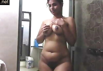 Mature Indian Mom Pressing Big Desi Tits In Shower Masturbation 17 min