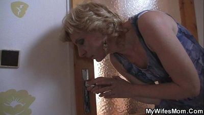 She fucks her horny son in law - 6 min