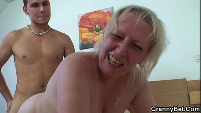 Oldie is doggystyle fucked - 6 min