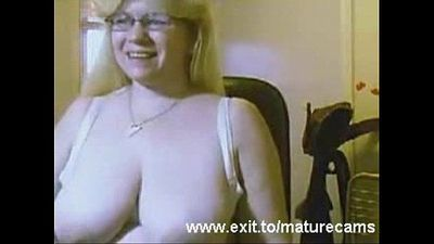 Busty housewife Barbara 49 in home solo - 9 min