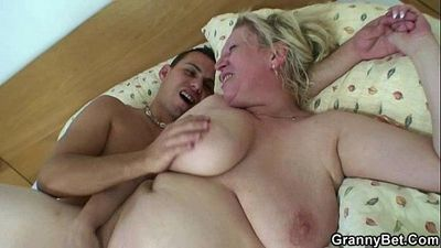 Old bitch takes his young cock - 6 min