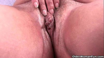 Chubby grandma ends her workout with a pussy rub - 6 min HD