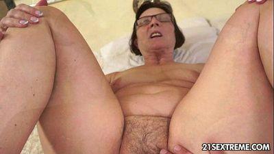Margo T. - Lusty Grandmas - 5 min